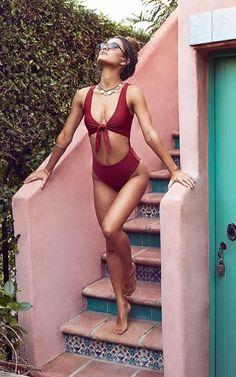 10 summer bikinis ideas beach outfits and swimsuits for women - summer fashion . - 10 summer bikinis ideas beach outfits and swimsuits for women – summer fashion ideas - Bikini Modells, Push Up Bikini, High Waist Bikini, Daily Bikini, Curvy Bikini, Bikini Poses, Swimsuits For Teens, Cute Swimsuits, Monokini Swimsuits