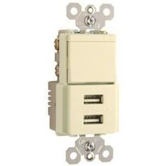 Pass & Seymour USB Charger with Single Pole/3-Way Switch, Light Almon, Ivory