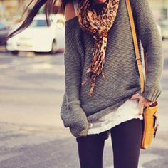 love fall. over sized sweaters and scarves!