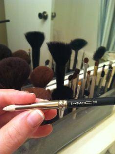 MAC 219 brush  #MAC #MakeUp  October Favorite Things + Giveaway