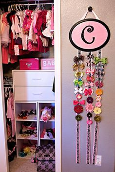 love this girlie closet... no special reason beyond that