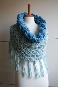 SALE Crochet Pattern, super chunky cowl