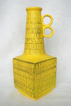 Bay vase moulded mark: 71-35, design: Bodo Mans. WGP West German Pottery.