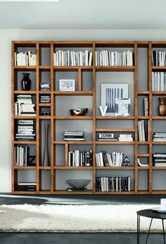 32 Stylish Bookshelf Design Ideas That Have An Essential Furniture In Your Home - Bookshelf furniture pieces are very interesting. Their main function, to store and keep books, is a simple yet very important one. Most people think Home Library Design, Home Office Design, Interior Design Living Room, Living Room Designs, Home Living Room, Creative Bookshelves, Decorating Bookshelves, Bookshelf Design, Bookshelf Wall