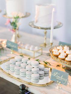 wedding cakes sencillo The Prettiest Pastel Wedding Inspiration at Diamond Bar Center Sweet Table Wedding, Dessert Bar Wedding, Wedding Desserts, Our Wedding, Candy Bar Wedding, Elegant Dessert Table, Wedding Hair, Macaroons Wedding, White Dessert Tables