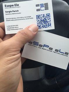 Por fin nos han traído nuestras tarjetas de visita. Qué os parecen??