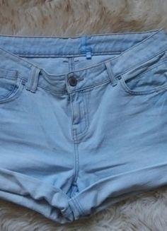 Kup mój przedmiot na #vintedpl http://www.vinted.pl/damska-odziez/szorty-rybaczki/13901937-spodenki-szorty-jeansowe-jasne-wysoki-stan-40-42