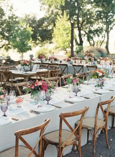 Colorful wine country wedding decor: http://www.stylemepretty.com/2016/05/26/colorful-kunde-ruins-california-wedding/   Photography: Emily Scott - http://emily-scott.co/
