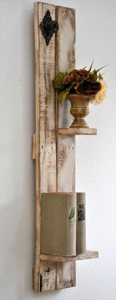Amazing Uses For Old Pallets - 18 Pics Easy and Great Diy Pallet ideas Anyone Can Do 5 Pallet Crafts, Diy Craft Projects, Wood Crafts, Wood Projects, Diy Crafts, Arte Pallet, Pallet Art, Pallet Ideas, Pallet Wood