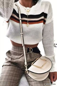 Structured Crossbody Saddle Bag | Forever21