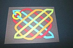 Easy paper crafts celtic design 12 circles add fourth circle Celtic Crafts, Celtic Art, School Art Projects, Art School, School Stuff, Easy Paper Crafts, Arts And Crafts, Celtic Heart Knot, Celtic Knots