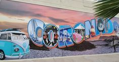 @sandiegocestbeau posted to Instagram: Orange Avenue 🧡 est la longue avenue qui longe de part et d'autre l'île de Coronado. D'un côté vous y verrez une vue resplendissante 👁️🗨️ sur Downtown 🏢🏙 et ses grattes-ciel et de l'autre l'aperçu du magestic Hotel Del Coronado 💎. Tout le long de la ballade d'environ 2km, vous pourrez manger dans des restaurants, cafés ou glaciers et profiter des magasins pour touristes. #lifeisgood #lifeisbeautiful #sandi Coronado San Diego, Coronado Bridge, Visit San Diego, Coronado Island, Glacier, Visit California, Road Trip Usa, Ciel, Cool Pictures