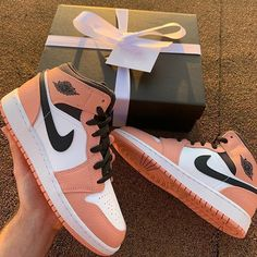 New Nike Air Jordan 1 Mid Pink Beige! Jordan Shoes Girls, Air Jordan Shoes, Girls Shoes, Jordan 11 Outfit, Cheap Jordan Shoes, Pink Jordans, Nike Air Jordans, Air Jordans Women, Jordans On Sale