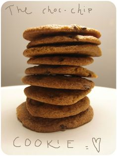 Chocolate chip cookies with nuts. Chocolate Chip Cookies, Sugar, Treats, Foods, Baking, Lady, Breakfast, Desserts, Sweet Like Candy