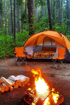 RV And Camping. Great Ideas To Think About Before Your Camping Trip. For many, camping provides a relaxing way to reconnect with the natural world. If camping is something that you want to do, then you need to have some idea Diy Camping, Camping Hacks, Tenda Camping, Zelt Camping, Bushcraft Camping, Camping Glamping, Camping And Hiking, Camping Survival, Family Camping