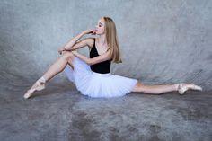 Ballet Pictures, Dance Pictures, Ballet Dancers, Ballerinas, Alonzo King, Body Tutorial, Balance Art, Lindsey Stirling, Ballet Photography