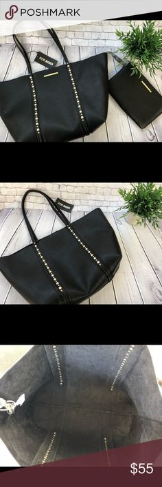 """Steve Madden Tote with Pearl Decor Beautiful Steve Madden Tote with decorative pearl trim. Perfect for work and everyday use.   Dimensions are as follows: 18""""x6""""x12"""" Steve Madden Bags Totes"""