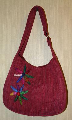 Handbag with Felt embellishment