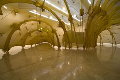 Ernesto Neto, installation 'The Wisdom of the Parts'.
