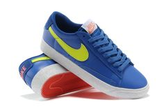 Leather Men, Leather Shoes, Nike Flyknit Racer, Catalog Shopping, Training Shoes, Blue Shoes, Nike Men, Sneakers Nike, Blue And White