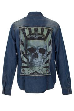Blue cotton logo plaque shirt from Philipp Plein featuring a classic collar, long sleeves, button cuffs, a front button fastening, a curved hem and two logo detail chest pockets. Browse the complete Philipp Plein collection online at Boudi UK. Philipp Plein is pure luxury with his latest Menswear Collection embodying the designers rebel streak, and glamourous ideals making the Philipp Plein brand instantly recognisable.  SS14-HM331757