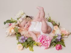 Milestone Session Outfits Photography by Katie Corinne Photography I have a whole wardrobe full of milestone session outfits for my clients so parents have one less thing to stress about and can enjoy their baby's session. 6 Month Olds, 1 Year Olds, 6 Month Old Baby, Fluffy Rug, Spring Theme, Floral Theme, Floral Headbands, Little Babies, Cute Kids
