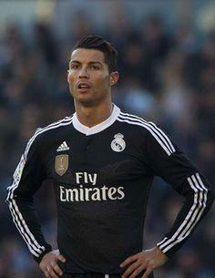 La nouvelle déprimante du jour : combien de temps nous faudrait-il pour gagner autant que les footballeurs ?