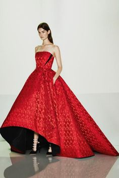 Now that most of the 2015 resort collections have made their debut, let's get down do the real fun: guessing which of the dreamy dresses shown will turn up on red carpets in the coming months. With the plethora of gorgeous concoctions on offer, stars will certainly have plenty of options to choose from. A rundown of our favorites (well, some of them anyway!) below: Erdem Gucci Carolina Herrera Prabal Gurung Elie Saab Christian Siriano Marchesa Rosie Assoulin Oscar de la Renta Valentino Gi...