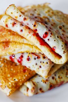 Breakfast recipe: Crepes filled with jam or fruit preserves (strawberry, raspberry, cherry)