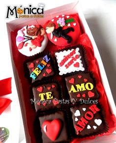 mix de cupcakes y brownies con mensajes, con detalles unicos en ella, elaborado por MONICA PASTAS Y DULCES