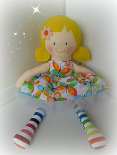 17 inch Modern Ragdoll, with removable skirt and tutu made using a mixture of 100% cotton and 100% wool felt. www.facebook.com/honeybeeforkids