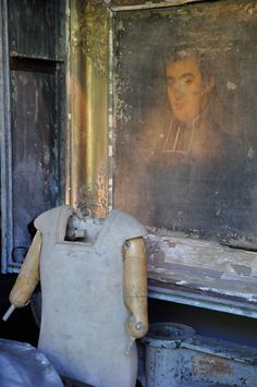 There was Patina in every booth at the Paris flea...Old worn painting and dress form with partial arms...