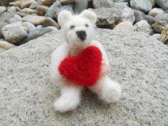 Valentinsbär mit Herz