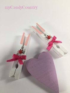 Riciclando mollette del bucato nascono i conigli pasquali fai-da-te bambini legno e natura Pasqua fai da te Riciclo Creativo