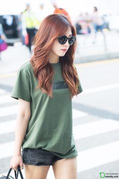 #Eunji #APINK #airport