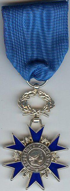National Order of Merit (France) - Knight