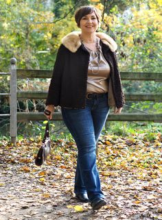 Casual elegance: jeans, silk and pearls! – Rebel Without Applause Beauty And Fashion, I Love Fashion, Curvy Fashion, Plus Size Fashion, Fashion Models, Fashion Weeks, Curvy Outfits, Plus Size Outfits, Thick Girl Fashion