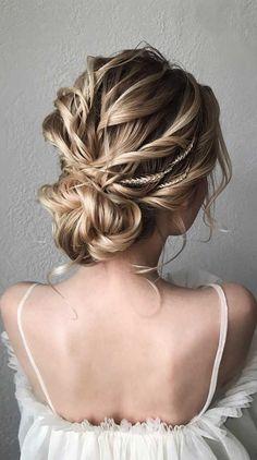 33 Classy And Elegant Wedding Hairstyles Elegant wedding hair Bride Hairstyles For Long Hair, Elegant Hairstyles, Formal Hairstyles, Easy Hairstyles, Wedding Hairstyles, Simple Wedding Updo, Twist Braids, Crown Braids, Amber Hair