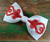 Šujtašový Jožo motýlik / Soutache Jožo bowtie Bowties, Christmas Ornaments, Holiday Decor, Handmade, Accessories, Home Decor, Tie Bow, Hand Made, Decoration Home