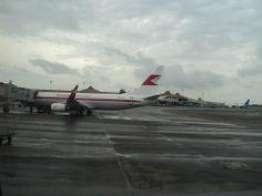 Garuda Indonesia Boeing 737-800NG PK-GFM, Garuda Indonesia Boeing 737-800NG PK-GFM at Cengkareng using old color and logo.