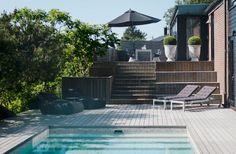 Topprenoverat 60-tal – väggar och tak i en enda färg (det är inte vitt) - Sköna hem