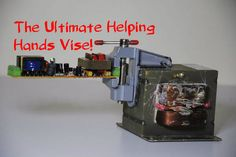 WAVE- The Ultimate Helping Hands Vise