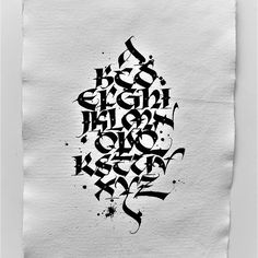 Andrey Martynov «Uncial Interesting modification of the Uncial style Gothic Lettering, Graffiti Lettering Fonts, Graffiti Writing, Hand Lettering Fonts, Graffiti Alphabet, Script Fonts, Calligraphy Fonts Alphabet, Handwriting Alphabet, Font Alphabet