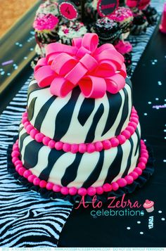 Check out this zebra party with zebra hats, pinata, balloons, cute zebra striped cupcakes, & beautiful zebra cake topped with pink ribbon. Pink Zebra Cakes, Zebra Birthday Cakes, Zebra Print Cakes, Pretty Cakes, Cute Cakes, Beautiful Cakes, Amazing Cakes, Diva Party, Party Party