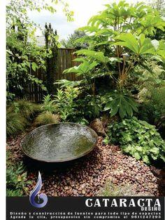 En diferentes mitologías el agua es considerada fuente de vida y riquezas