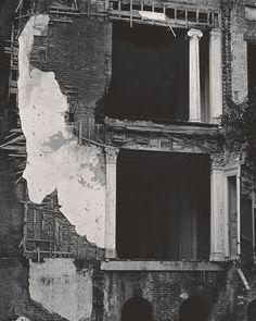 Edward Weston  Belle Grove Plantation House, Louisiana, 1941 - Gelatin silver print