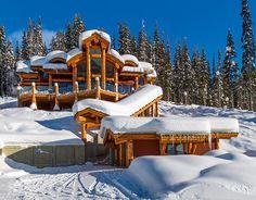 Log Cabin Getaways, Getaway Cabins, Wooden Cabins, Log Cabins, Log Homes Exterior, Wooden Architecture, Wood Houses, Mountain Cabins, Rustic Homes