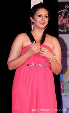 Huma Qureshi (actress) Photos - Huma Qureshi Latest Stills Beautiful Girl Indian, Most Beautiful Indian Actress, Hot Actresses, Indian Actresses, Huma Qureshi Hot, Glam Photoshoot, Saree Models, Bollywood Girls, Beautiful Bollywood Actress
