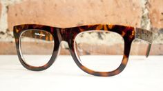 I want them!! :( just bought new glasses and couldn't find this kind... had to settle for something less pretty.