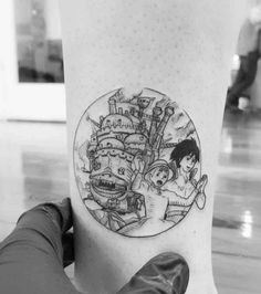 The Best Howls Moving Castle Tattoos - The Best Howl's Moving Castle Tatto. - The Best Howls Moving Castle Tattoos – The Best Howl's Moving Castle Tattoos – Tattoo Ins - Burg Tattoo, Detailliertes Tattoo, Shape Tattoo, Tattoo Drawings, Tattoo Quotes, Modern Tattoos, Unique Tattoos, Cool Tattoos, Finger Tattoos